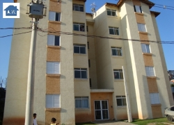 Apartamento Residencial residencial em Jardim Santa Tereza - Carapicuíba